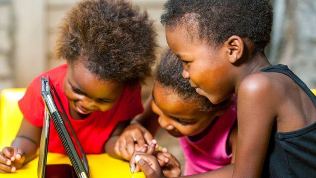 Segundo advogadas, esse tipo de vídeo viola leis brasileiras de proteção à infância