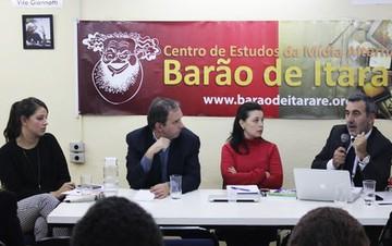 Debate foi realizado no Barão de Itararé, organizado pelo Fórum Nacional de Democratização das Comunicações