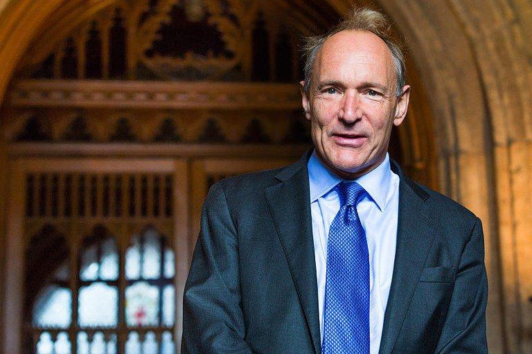 Tim Berners-Lee, criador da World Wide Web, segue na luta para que a internet seja usada em todo seu potencial criativo, solidário e transformador